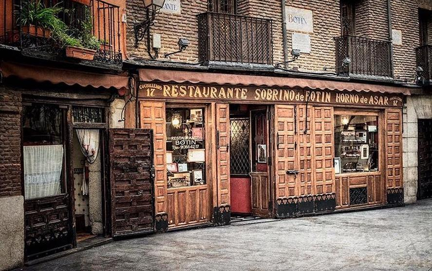 Restaurante mas antiguo madrid sobrino vino y bodegas for Casa botin madrid